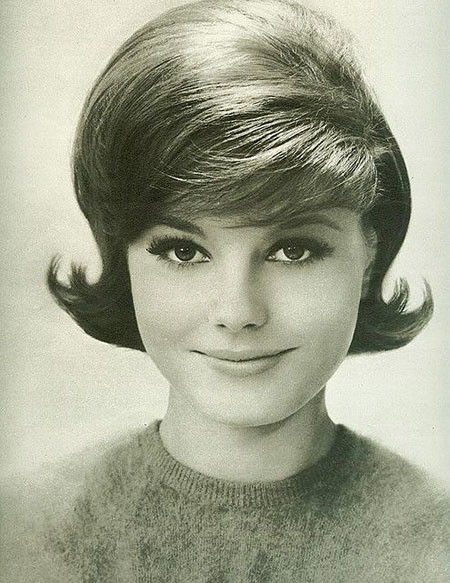 60's-Hairstyle-for-Women
