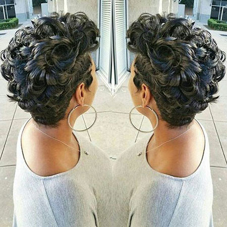 74-Short-Pixie-Hairstyles-for-Black-Women Best Short Pixie Hairstyles for Black Women 2018 – 2019