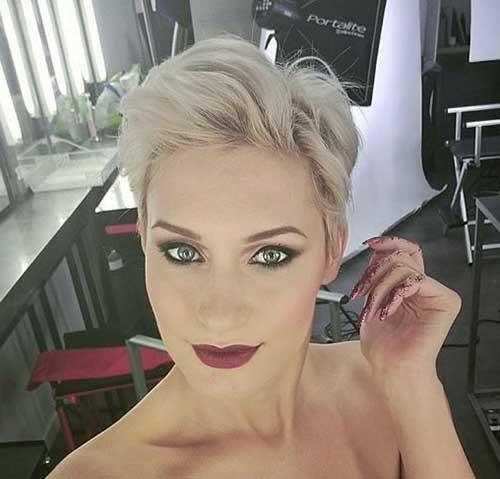Modern-Blonde-Pixie-Hair