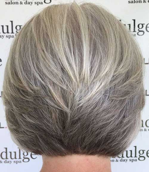 Short-Layered-Haircuts-for-Women-Over-50-020-www.vozsex.com_ Best Short Layered Haircuts for Women Over 50