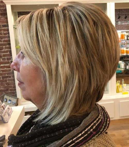 Short-Layered-Haircuts-for-Women-Over-50-051-www.vozsex.com_ Best Short Layered Haircuts for Women Over 50