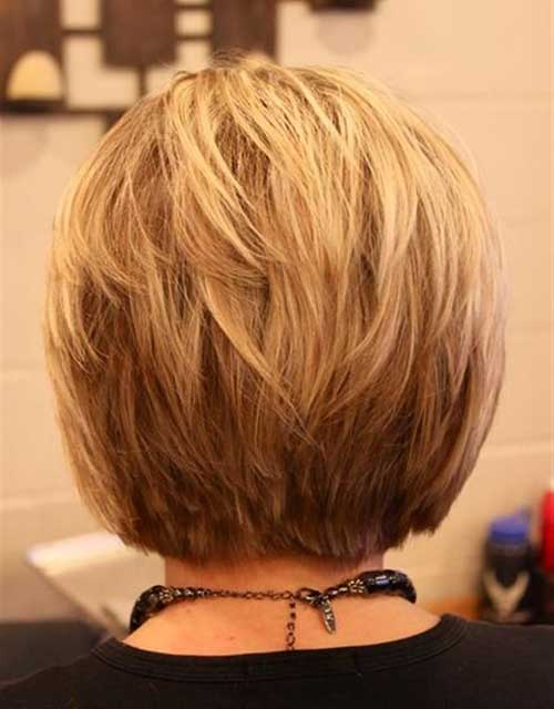 Back-View-of-Blonde-Bob