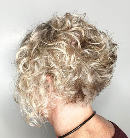 Blonde-Low-Maintenance-Curls
